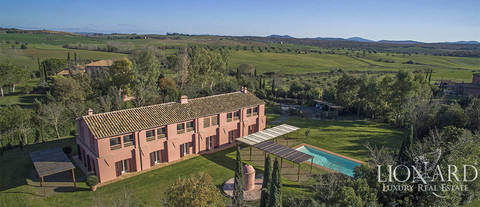 luxury farmstead with swimming pool for sale in maremma