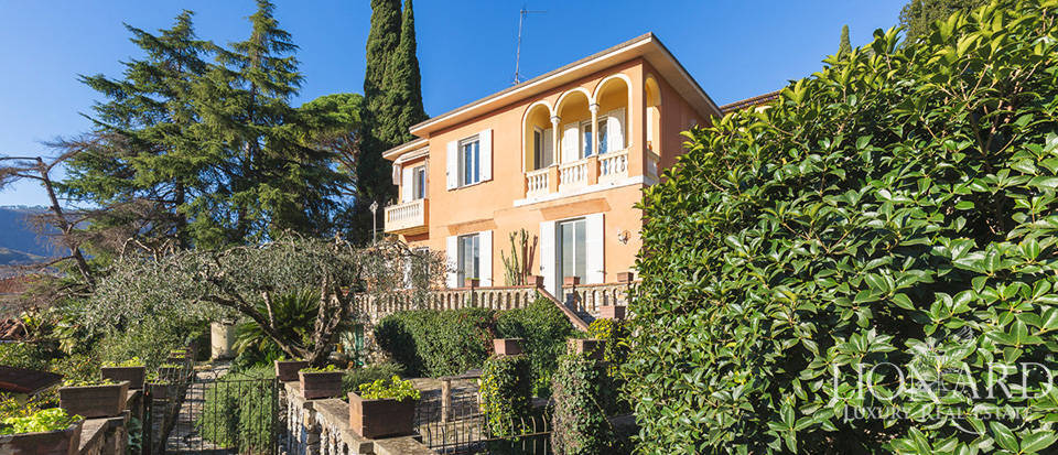 Stunning villa for sale in Santa Margherita Ligure  Image 1