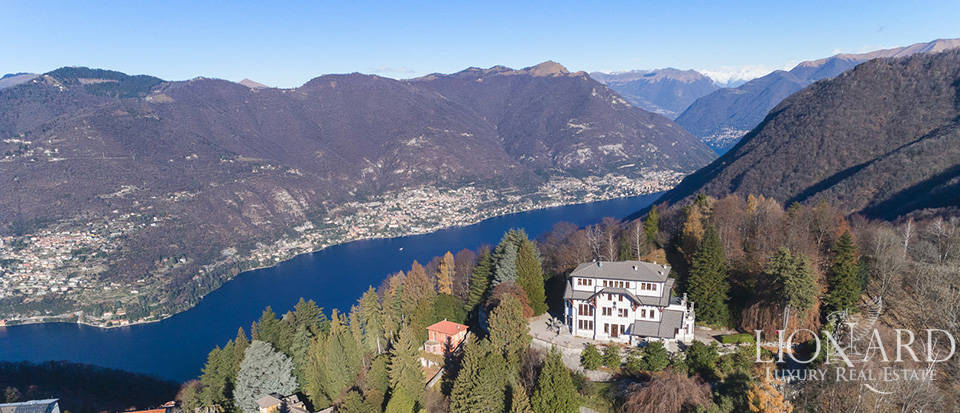 Wonderful villa with a view of Lake Como for sale Image 1