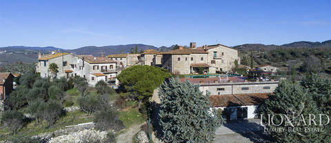 wine making farm for sale in chianti
