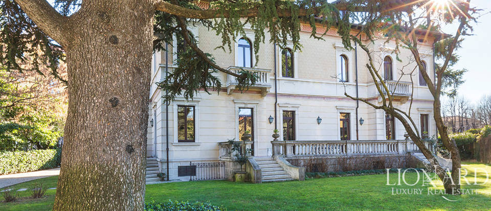 period estate for sale in the province of varese