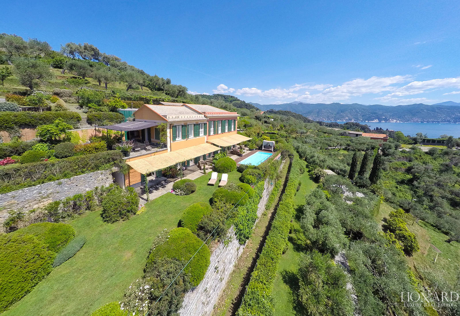 Luxury estate for sale in Liguria
