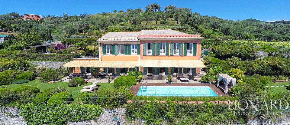 Stunning villa with a charming view over Portofino