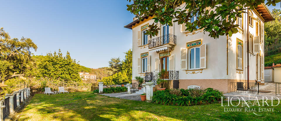Luxury estate with sea view for sale in La Spezia Image 1