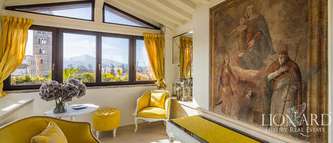 wonderful penthouse in historical building for sale in lucca