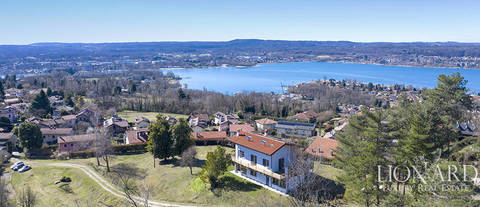 luxury villa for sale province of varese 4