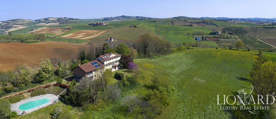 Luxury estate for sale in the province of Alessandria Image 1