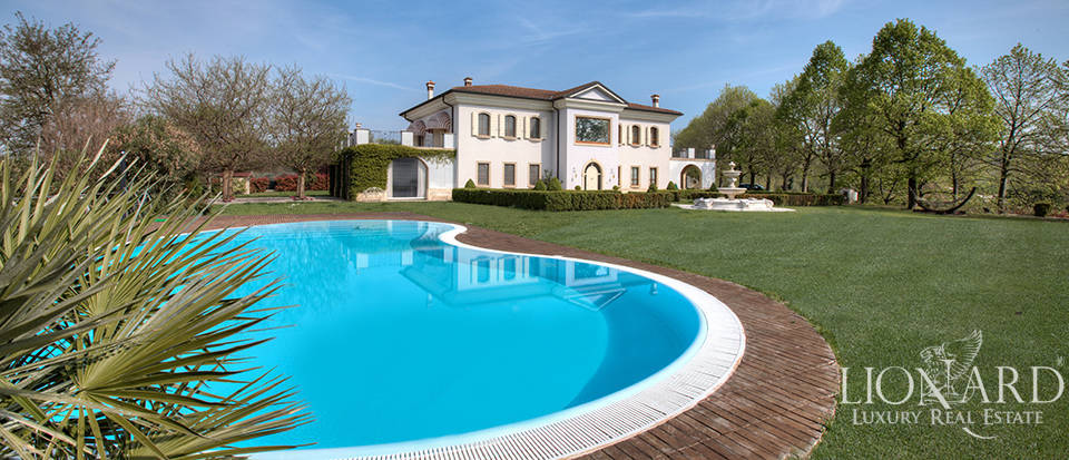 Luxury estate south of Lake Garda for sale Image 1