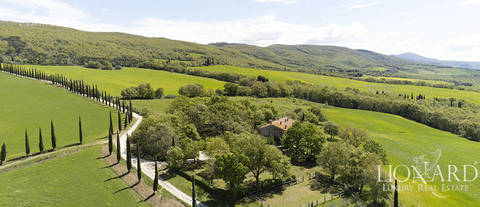wonderful farmhouse for sale in val d orcia