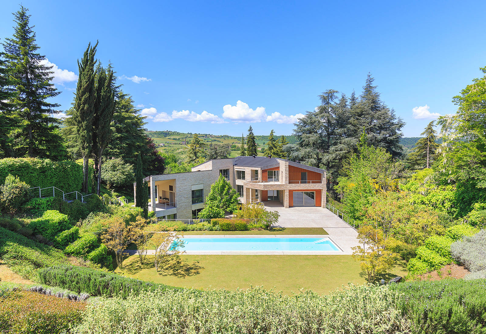 prestigious_real_estate_in_italy?id=2393