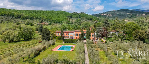 elegant 17th century villa for sale in pistoia