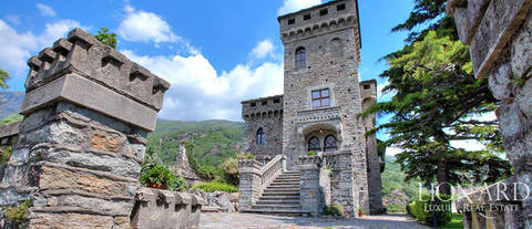 fabulous castle for sale in the province of turin