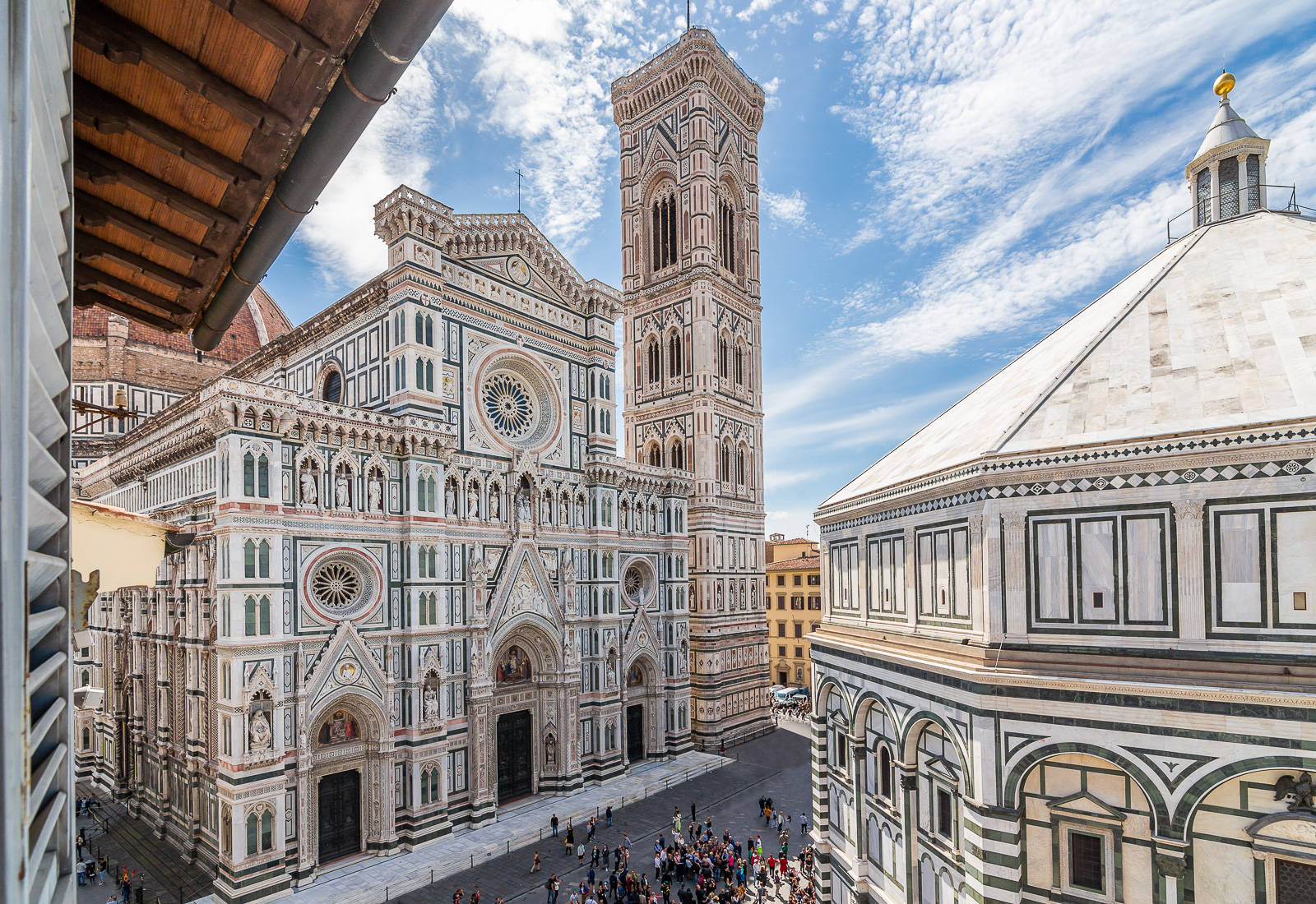 Apartment for sale with a view of the Cathedral and St.John's Baptistery