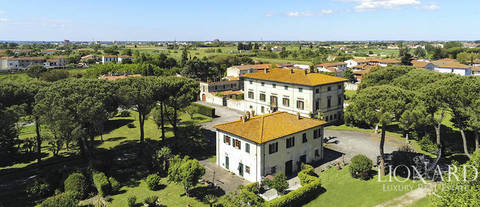 17th century estate for sale pisa