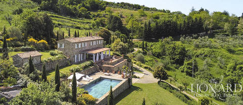 luxury home for sale in montalcino