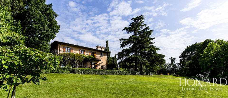 luxury villa for sale province of brescia 2