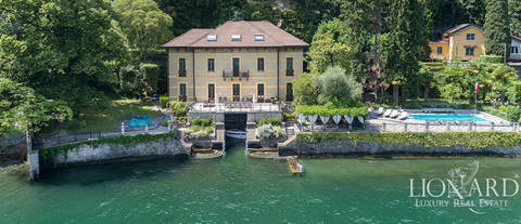 luxury villa for sale in moltrasio