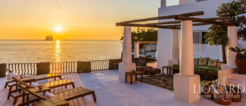 exclusive dolce e gabbana villa for sale by the sea in stromboli