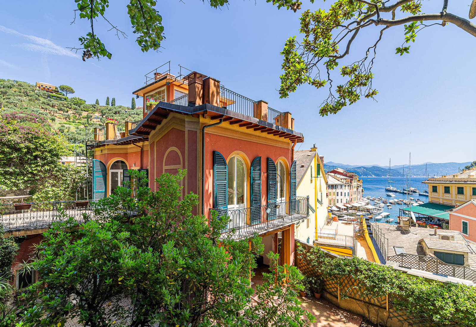 luxury villa on portofino piazzetta