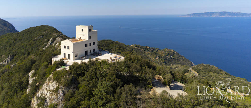 Stunning 19th-century villa for sale in Monte Argentario