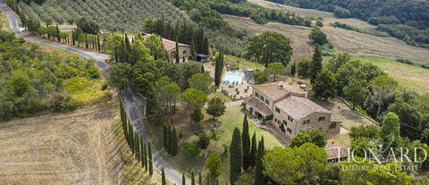 stunning villa for sale in the province of pisa
