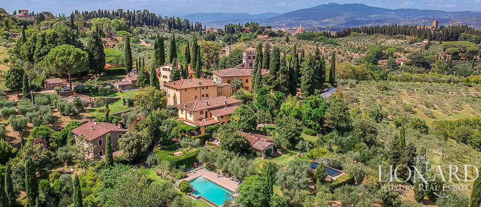 exclusive villa for sale near florence