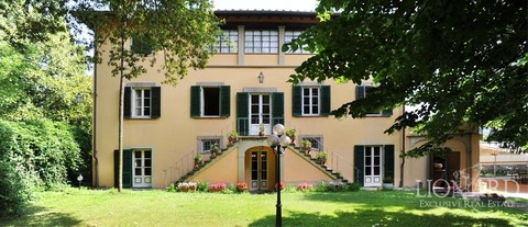 luxury house i lucca