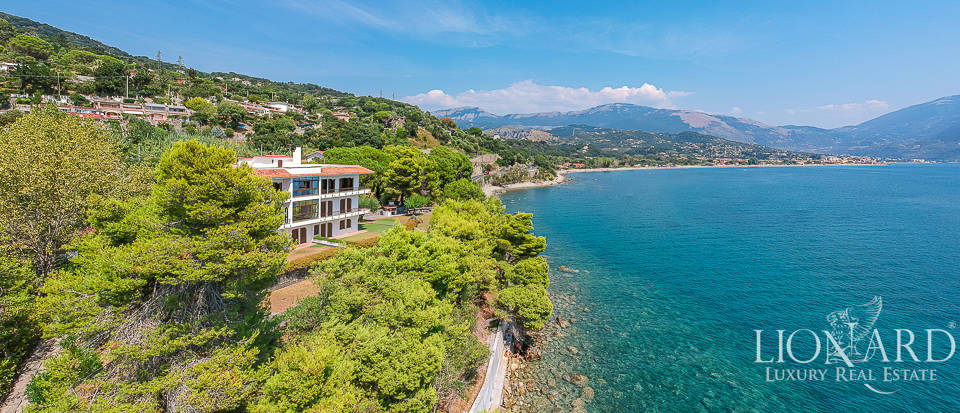 elegant sea front villa for sale in cilento