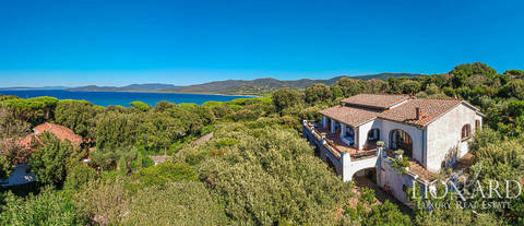 villa with a view of the sea for sale in punta ala