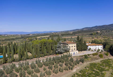 villa with farmstead for sale tuscany