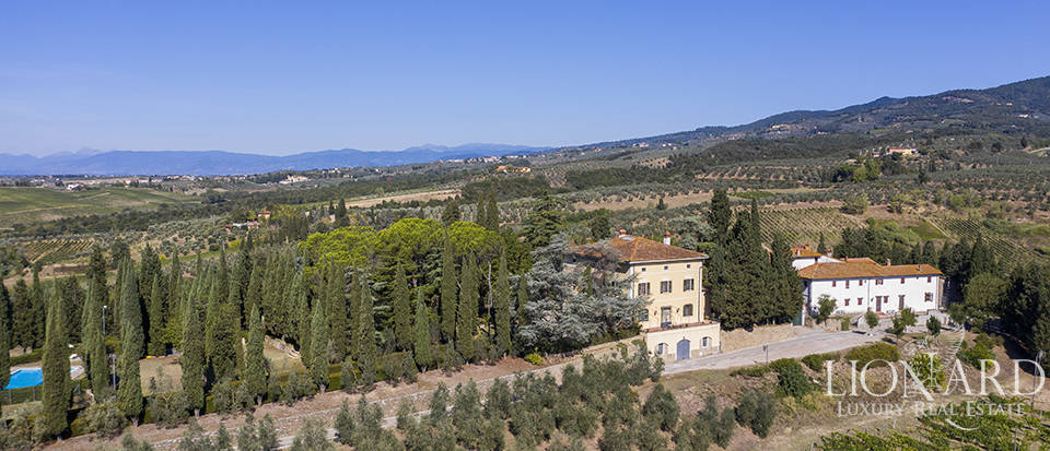 Tuscan farmstead for sale near Florence Image 1