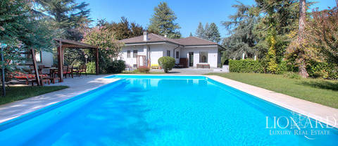 luxury villa for sale in alessandria