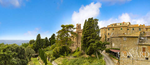 ancient castle for sale arezzo tuscany