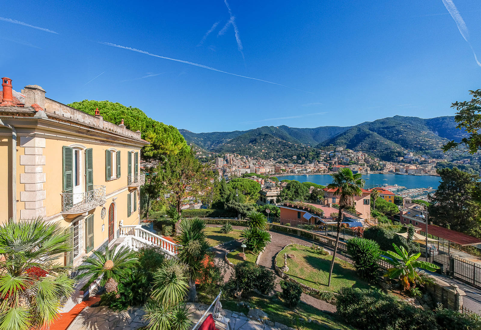 luxury villa for sale in rapallo