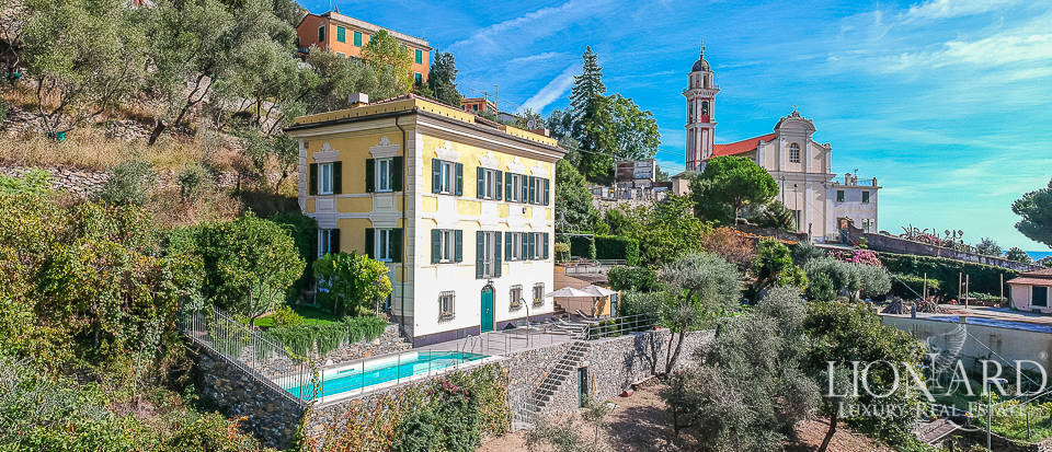 Wonderful luxury villa for sale in Chiavari Image 1