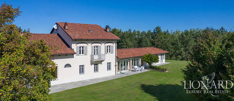 luxury villa for sale in the province of asti 1