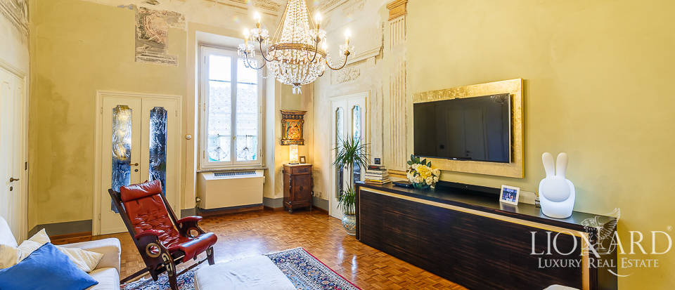 Stunning period apartment for sale in Pisa Image 1