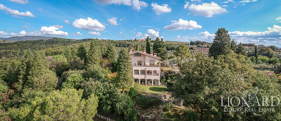Stunning villa for sale in Florence  Image 1