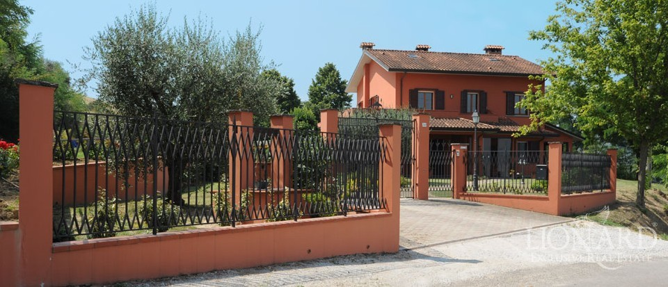 italian villas luxury homes and real estate