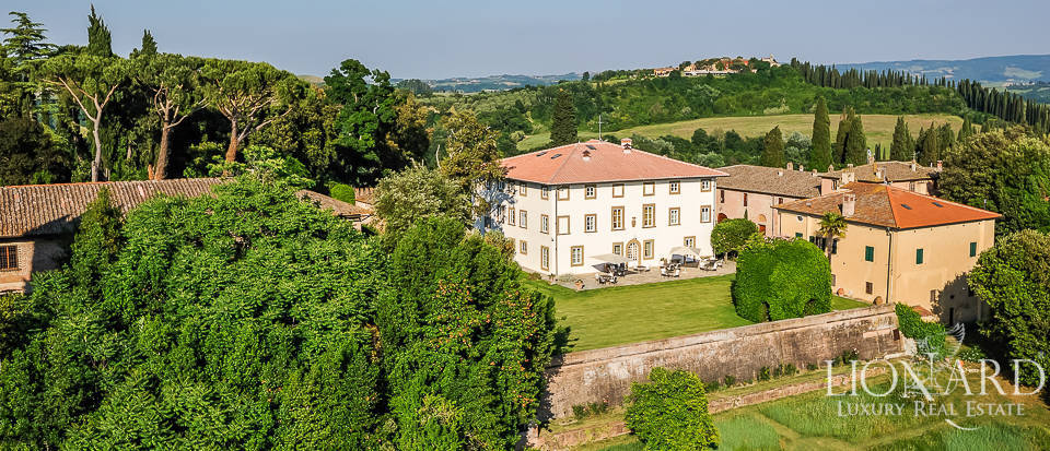 18th-century estate for sale in the province of Pisa Image 1