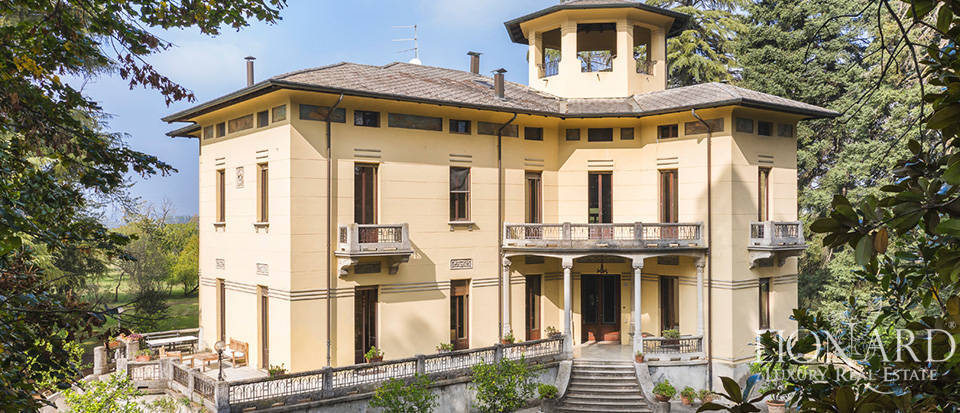 20th-century estate for sale near Parma Image 1