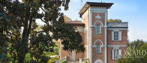 luxury villa for sale in the province of modena