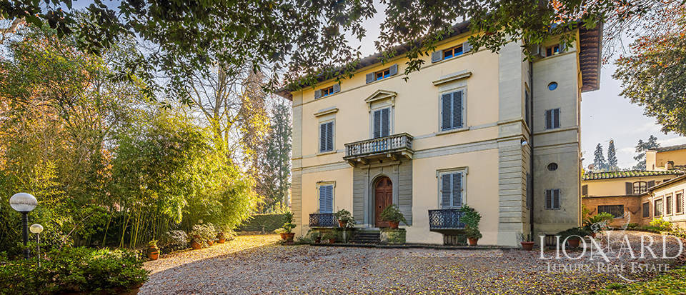 Prestigious 19th-century villa for sale in Florence Image 1
