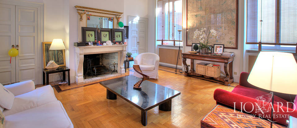 Prestigious apartment in Milan