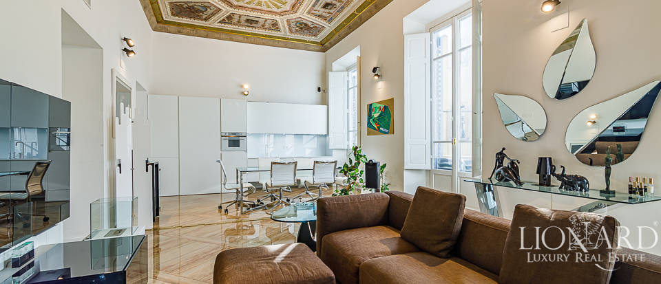 Luxurious apartment for sale in Central Florence Image 1