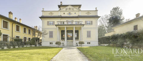historical neoclassical villa in the province of milan