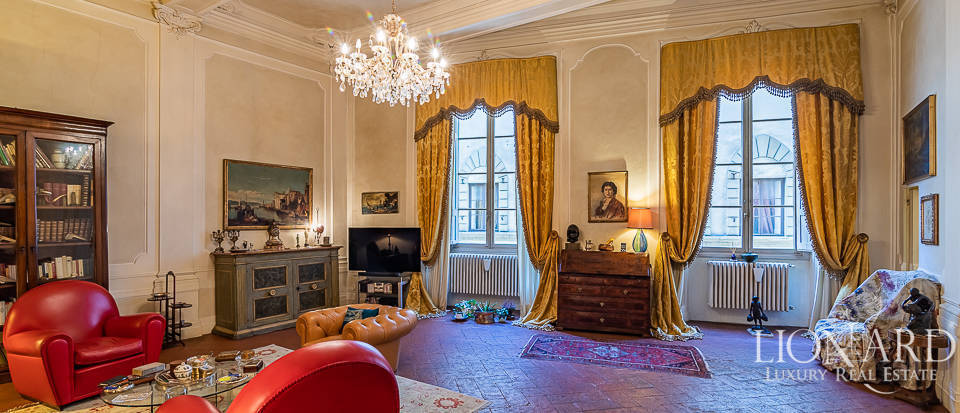 Luxury apartment for sale in Florence Image 1