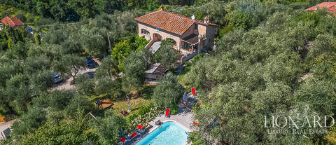 stunning farmhouse for sale in camaiore
