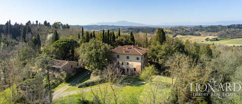 Luxury relais for sale in san miniato