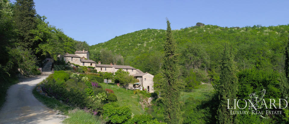Agritourism resort for sale in Castellina in Chianti Image 1